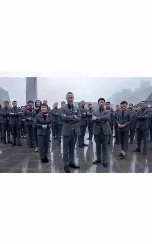 高端团体西服|大衣|职业装|工作服|快速供货